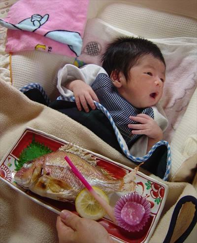 お七夜を迎える赤ちゃん