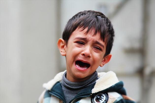 泣き止まない男の子