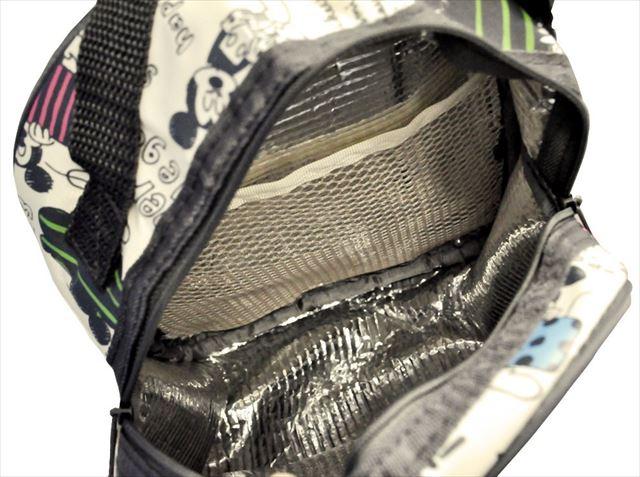 哺乳瓶ケースの内部の画像
