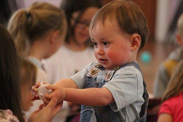 生後1歳3ヶ月赤ちゃんの画像